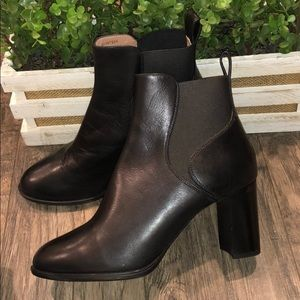 New Hugo Boss Booties black leather size 38